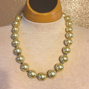 Jewelry - NWT: Gold Faux pearl and crystal necklace.